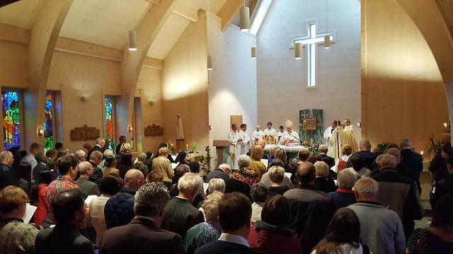 Kirche wird gesegnet